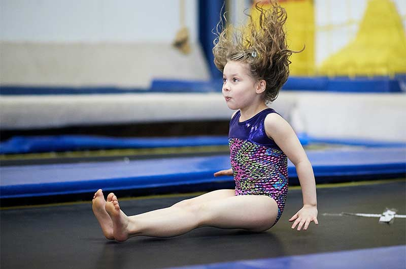 Girls Recreational Classes - bouncing on the trampoline