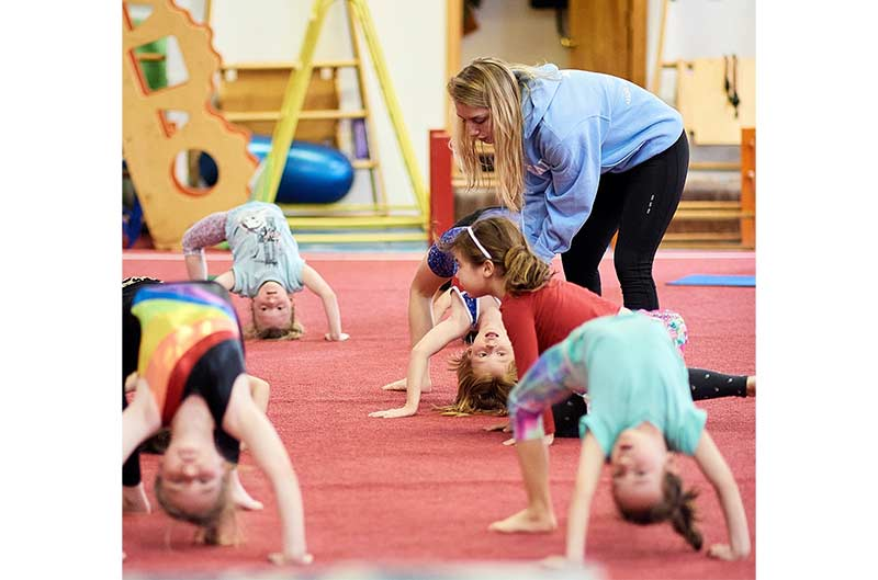 Girls Recreational Classes - coaching during stretches
